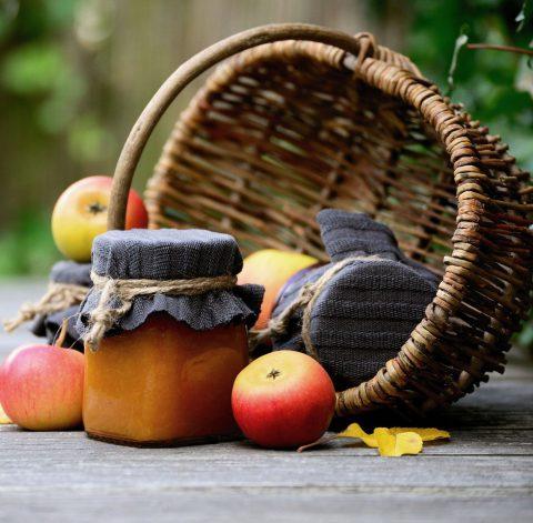 photo panier pommes confiture